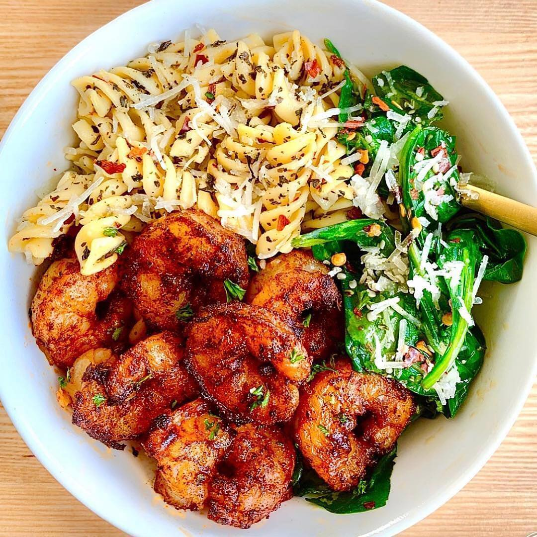 Are you a lover of pasta?⠀ .⠀ Spicy garlic cajun shrimp with parmesan rotini & g…