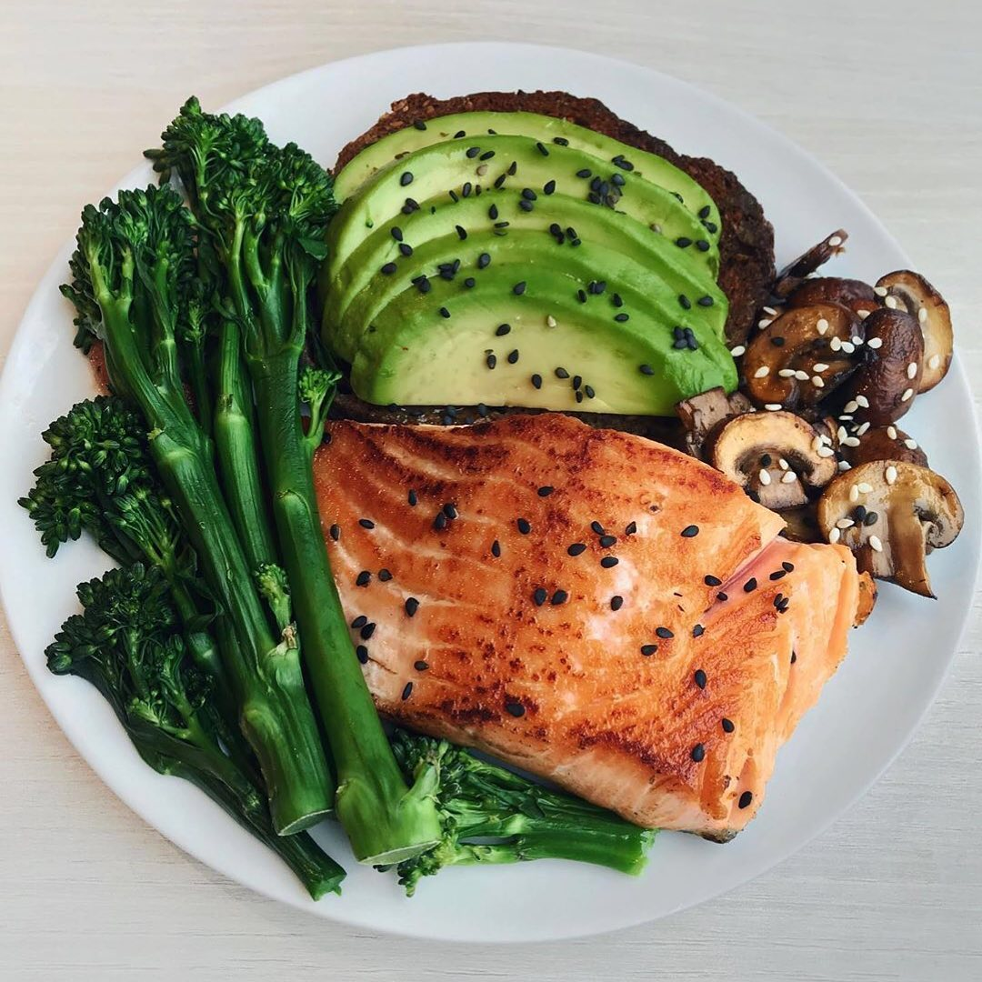 Grilled Salmon, Avocado Toast, Mushrooms & Broccolini  Simple and tasty meal wi…